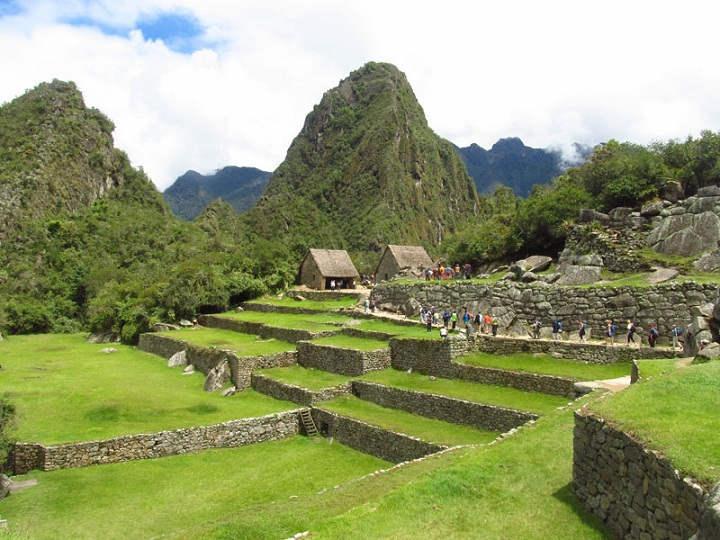 Terrazas-Machu-Picchu