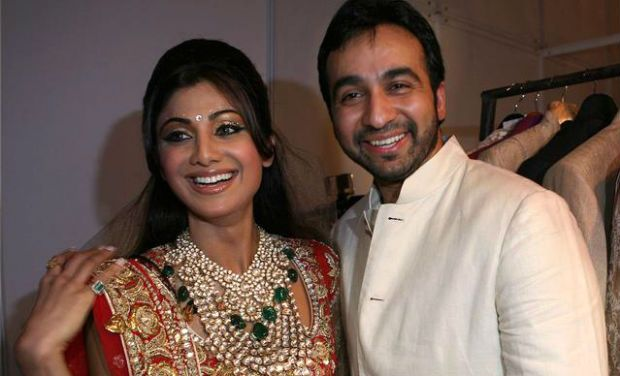 raj-kundra-shilpa-shetty-Wedding-Anniversary-6