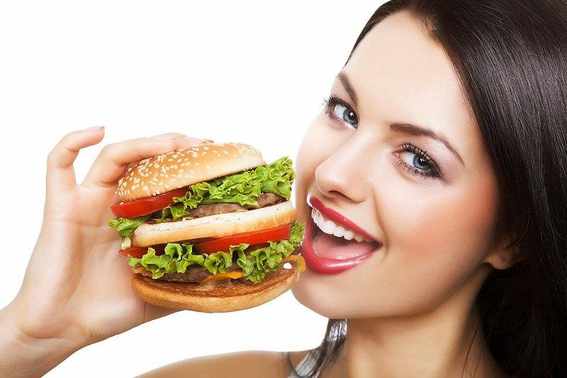girl-eating-hamburger1