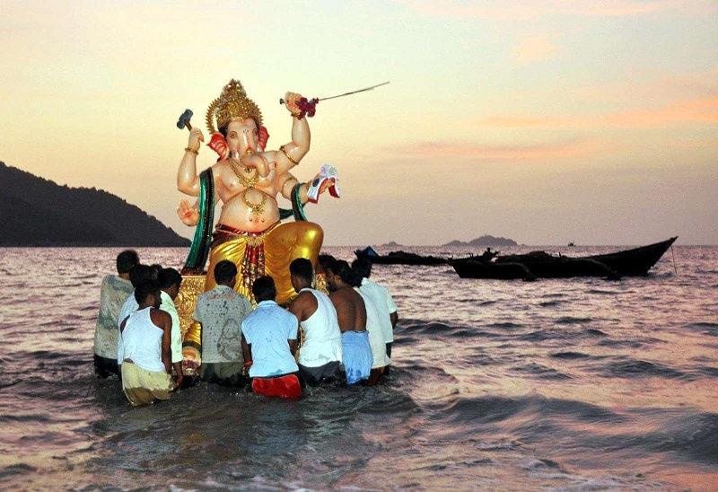 why-do-we-do-visarjan-of-ganpati-appa-in-water