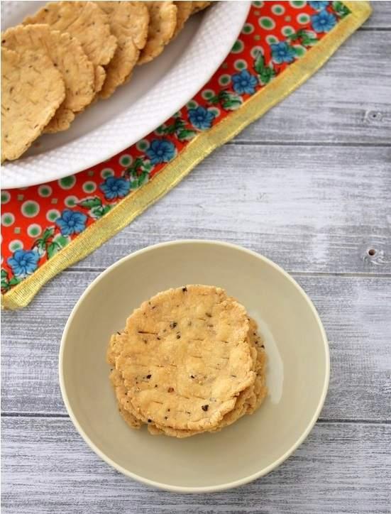 Farsi puri recipe   How to make farsi puri   Diwali snacks
