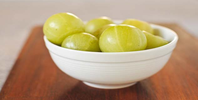 amla-fruit-633x-319