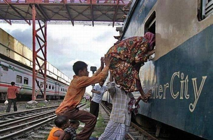 funny-and-rare-photos-from-india-it-happens-only-in-india-37