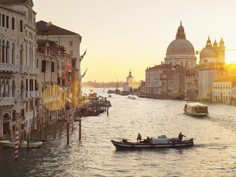 venice-grand-canal-morning-cr-getty
