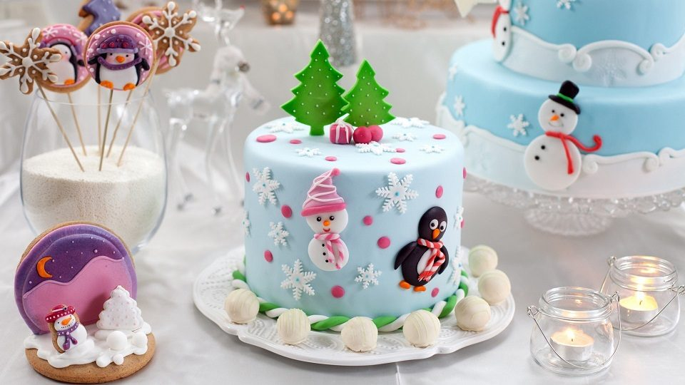 Merry-Christmas-Cake-with-Santa