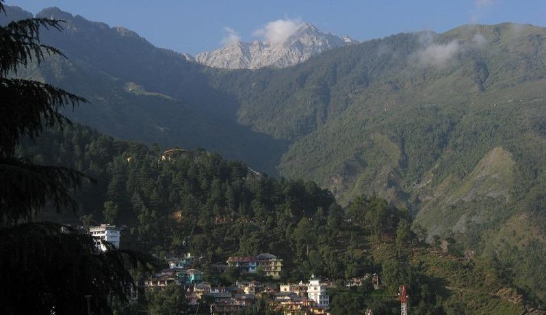 Image-Name-trekking-in-dharamsala-Dhauladhar-Mountains-Mcleodganj