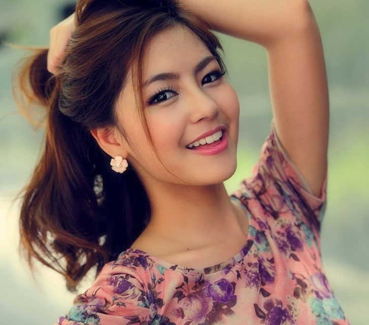 cute-smiling-girl-with-killer-smile