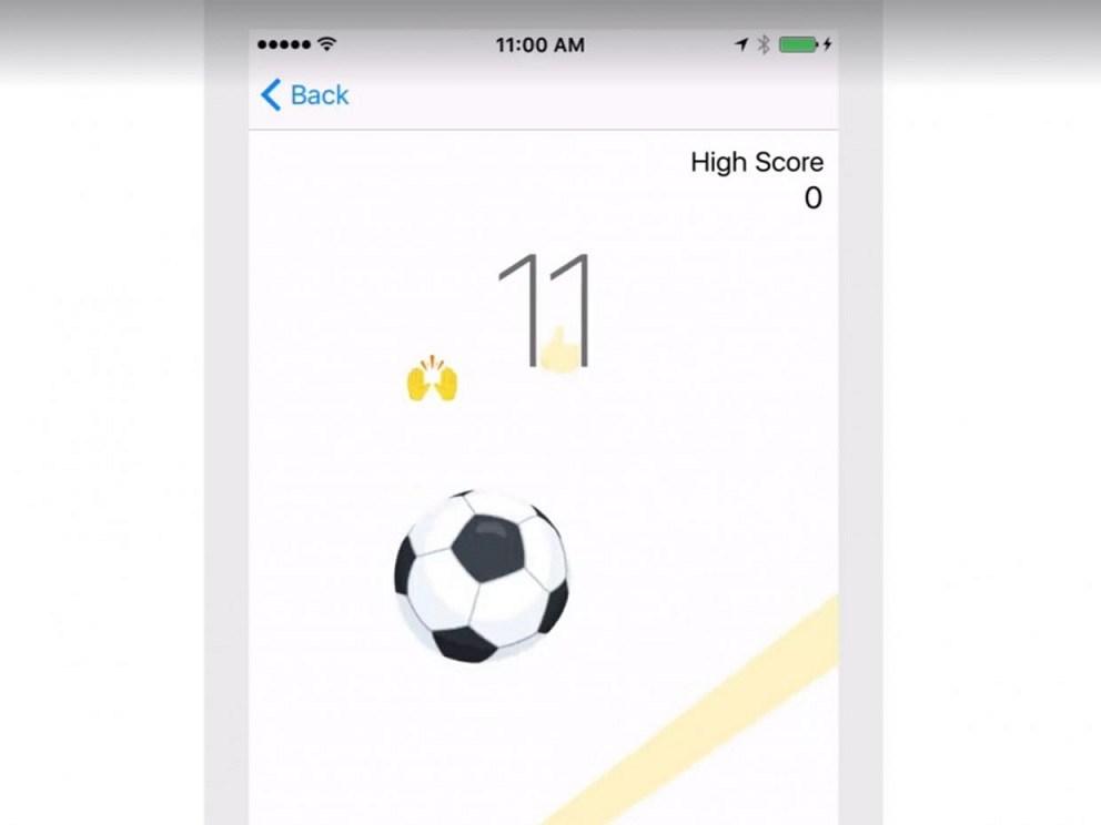 Play-Soccer-on-Facebook-Messenger