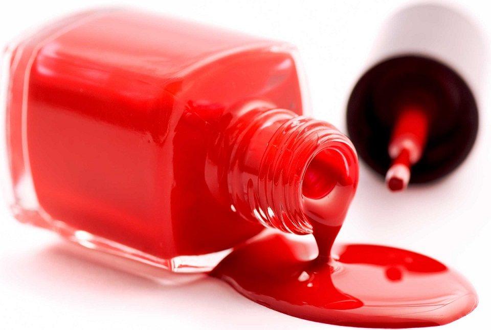 03-toss-from-closet-nail-polish
